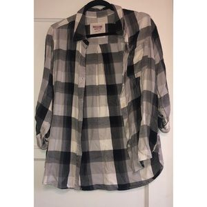 BOTTON UP LONG SLEEVE FLANNEL